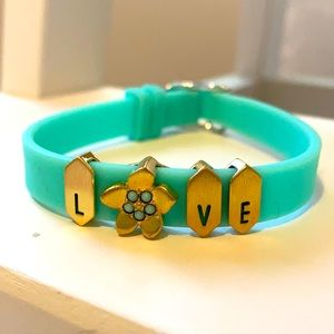 KEEP COLLECTIVE LOVE BAND AND CHARMS